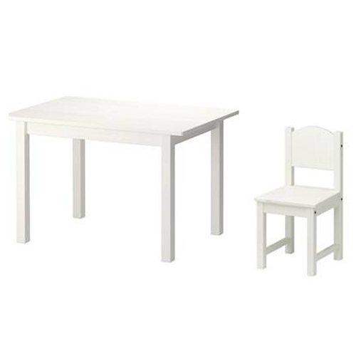 Kid's white wooden tabel and chairs